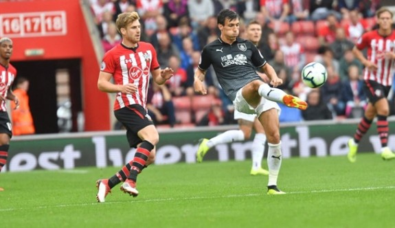 Burnley ilk maçında berabere