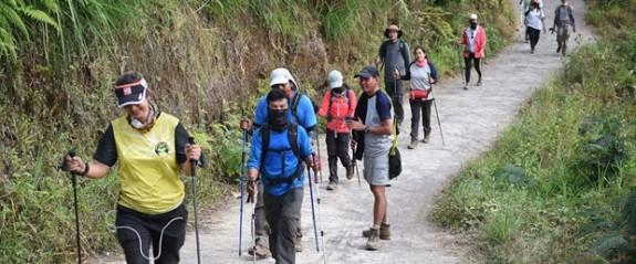 Depremde mahsur kalan 500 dağcı kurtarıldı