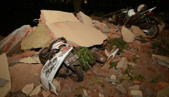 Endonezya'da ölü sayısı 140'a çıktı