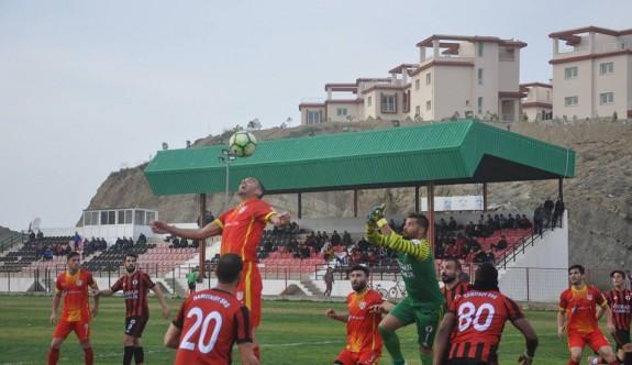 Göçmenköy'ün kalesi, penaltı canavarına emanet