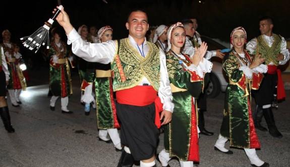 Karnaval havasında festival