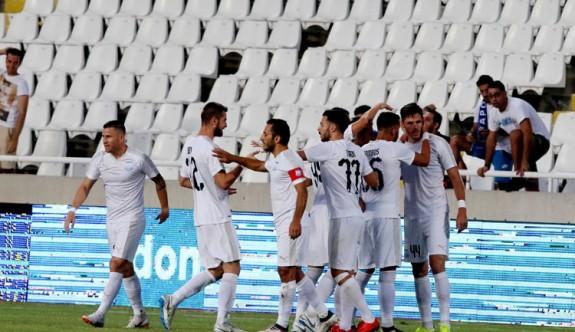 Kıbrıs kulüpleri tur atladı