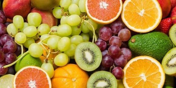 Kilo kontrolü için hangi meyveleri yemeliyim