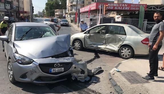 Kırmızıda durmadı, kazaya neden oldu