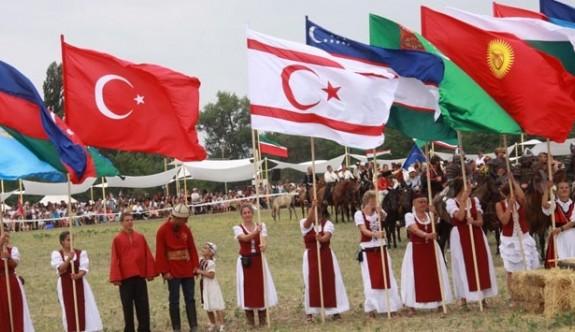 """""""KKTC bayrağı Macaristan'da ilgi gördü"""""""