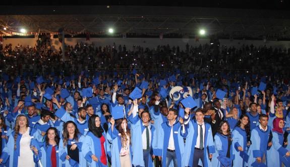 LAÜ mezunları buluşuyor