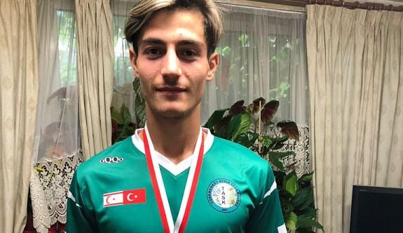 Londra'dan, Trabzonspor'a gitti