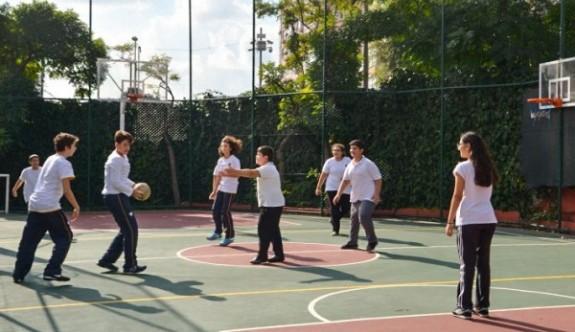 """""""Okullarda etkili şekilde spor yaptırılmalı"""""""