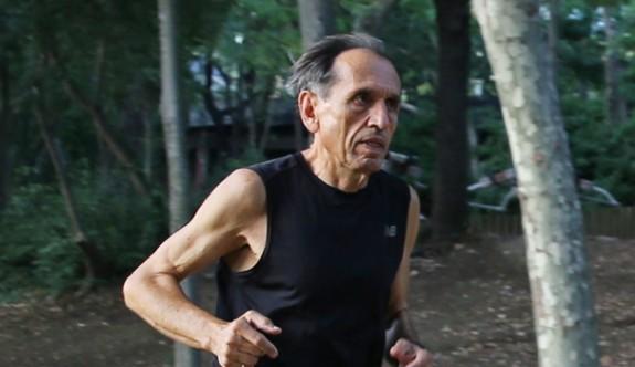 71 yaşında 45. maratonunu koşacak