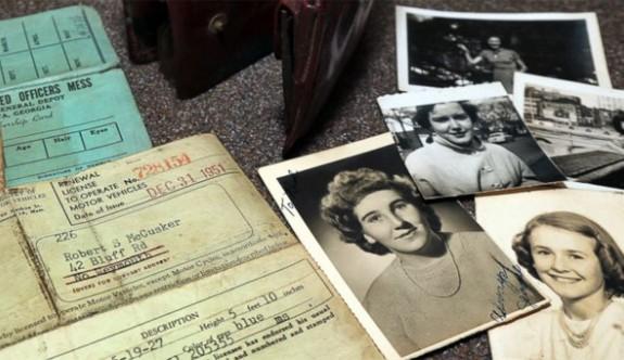 Amerikan askerinin 1953'te kaybettiği cüzdan kızına iade edildi
