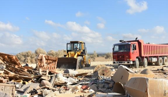 Bafra'dan 10 kamyon çöp çıktı