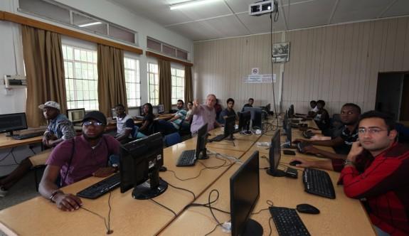 DAÜ'den Meslek Lisesi mezunlarına sınavsız giriş olanağı