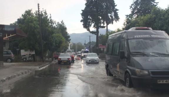 En çok yağmur Alsancak ve Malldağ'da