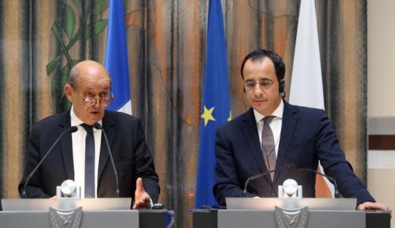 """Fransa'nın Güney Kıbrıs ile """"acil hedefi"""", askerî işbirliği"""