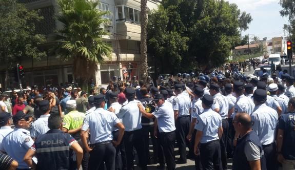 Hayvancılar ile polis arasında, Ledra Palace ışıklarında arbede