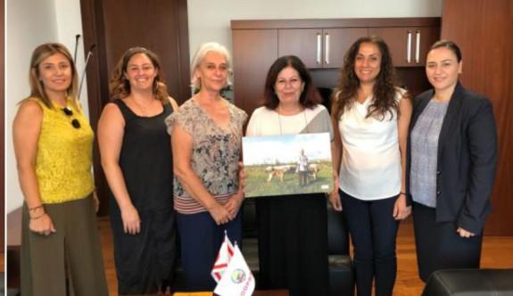 İş Kadınları Derneği'nden, Koopbank başkanı Öznergiz'e ziyaret