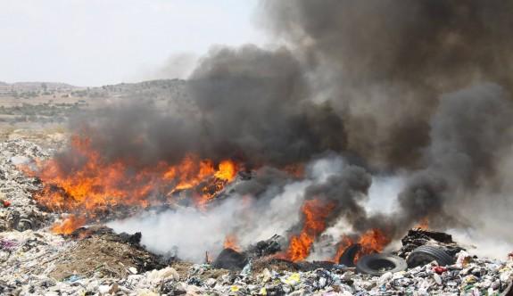 İskele çöplüğünde büyük yangın
