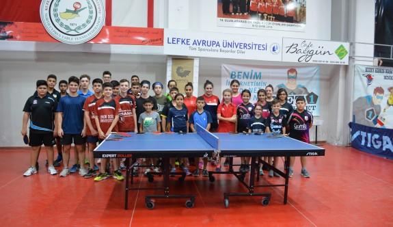Masa Tenisinde Yıldız Ferdi Turnuvası Yapıldı