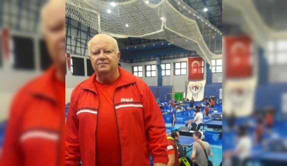Olguner, Eskişehir'de şampiyonluğa raket sallayacak