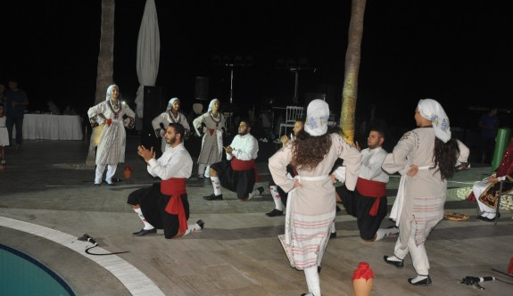 Palm Beach'te coşkulu Kıbrıs geceleri