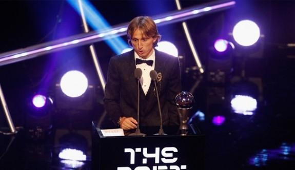 Yılın futbolcusu Luka Modric