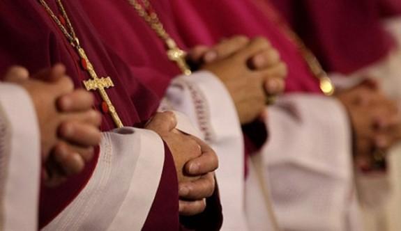 ABD'de Katolik rahipten cinsel istismar itirafı