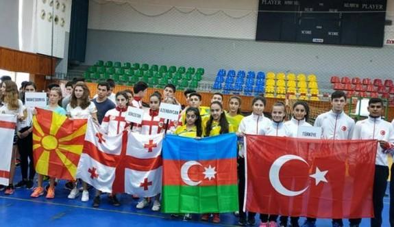 Badminton'da Türkiye şampiyon