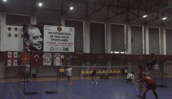 Badminton'da Türkiye şampiyonluk yolunda