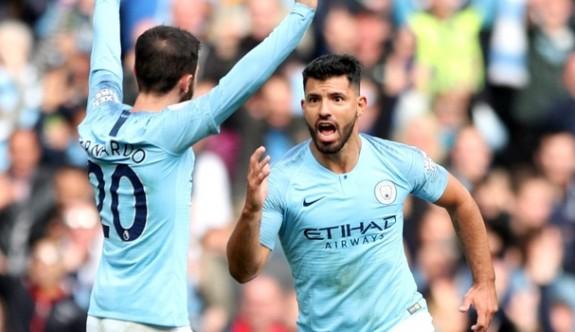 Manchester City evinde farka gitti