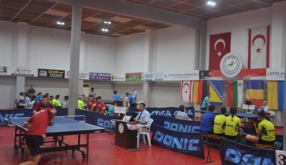 Masa Tenisi'nde mücadele başladı