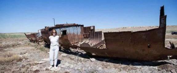 Modanın Kirli Sırları: Aral Gölü'nü blucin mi kuruttu?