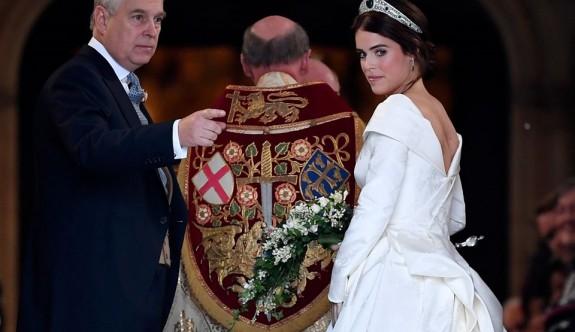Prenses neden duvak takmadı?