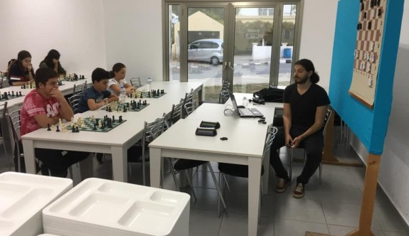 Satranççılar, büyük usta Fırat'tan eğitim aldı