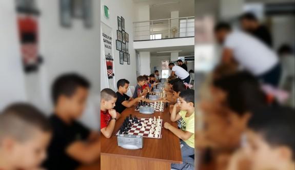 Satrançta minik bölge şampiyonları belirlendi