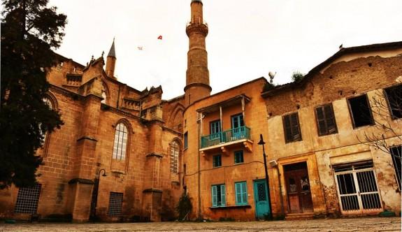 Selimiye Meydanı canlandırılıyor