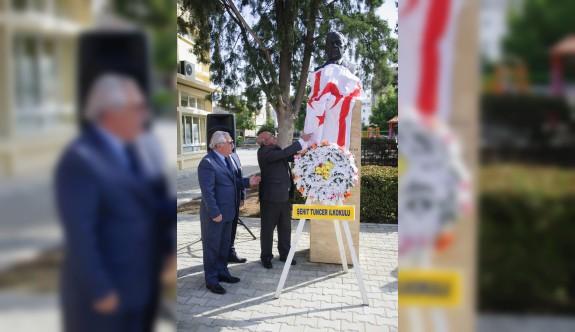 Şht. Tuncer İlkokulu'na yaptırılan Dr. Küçük Büstü açıldı
