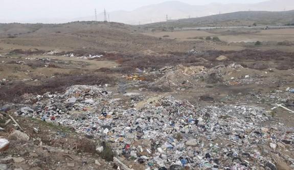 Tapulu araziler bile çöplüğe döndü