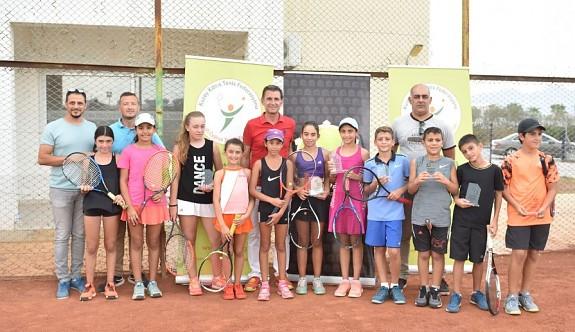 Teniste, 12 Yaş Haftasonu Turnuvası tamamlandı