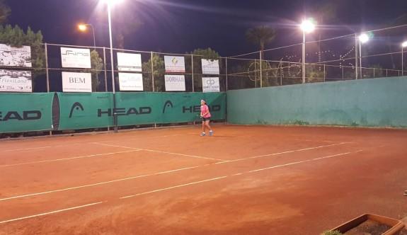 Teniste Yaz Kupası heyecanı sürüyor