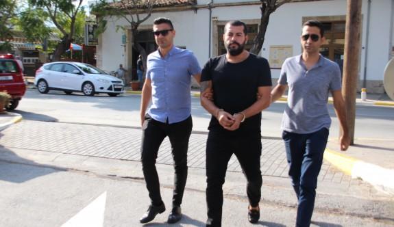Türkiye'de suçlu, KKTC'de kaçak turist