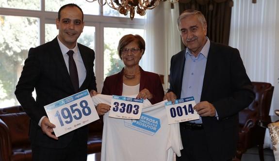 Akıncı ve eşi de Lefkoşa Maratonu'na katılıyor