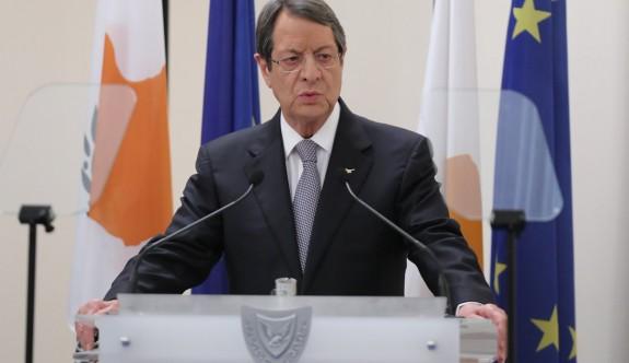 Anastasiadis, siyasi eşitliği hazmedemiyor