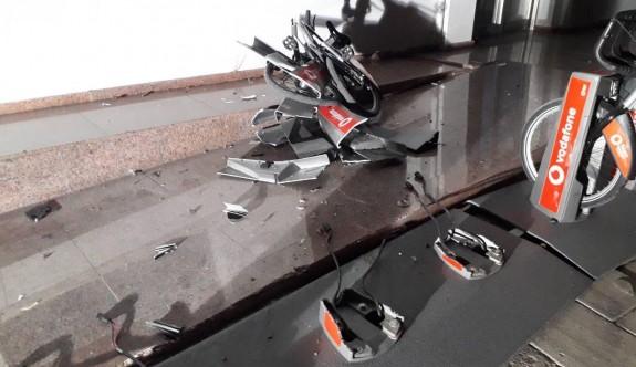Bisiklet istasyonunu dağıtarak olay yerinden kaçtı