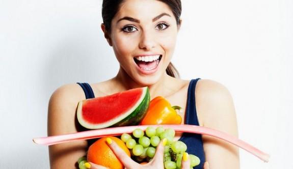 Cildin yaşlanmasını önleyen besinler nelerdir?