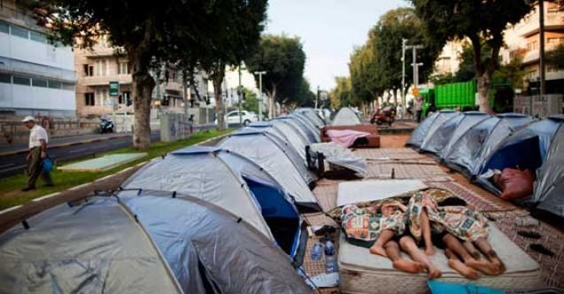 Fahiş kira ücretlerine çadırlı protesto