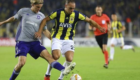 Fenerbahçe avantajı yakaladı