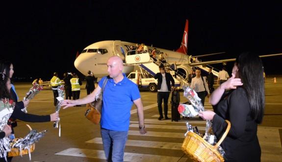 İlk yurt dışı uçuş KKTC'ye