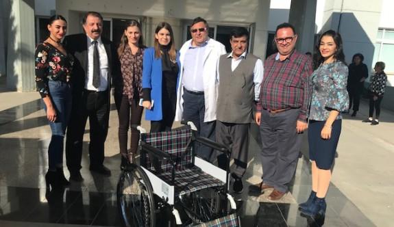 İşadamı Choudhry'den 25 tekerlekli sandalye bağışı