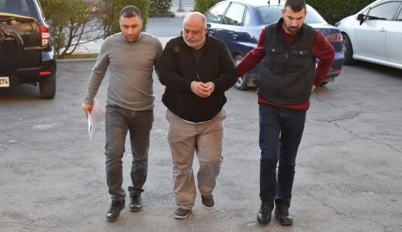 Kaçak göçmen taşıyan TIR şoförü tutuklandı