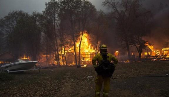 Kasaba küle döndü, binlerce kişi tahliye edildi